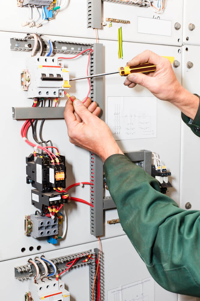 5 Questions To Ask When Choosing Electrical Contractor